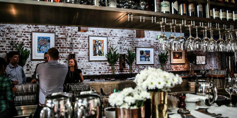 Morris Jones Bar Windsor
